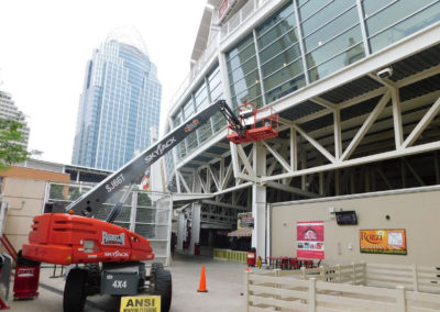 American National Skyline, Inc. Boom Lift Window Cleaning